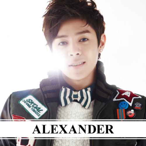 20111212_alexander_1.jpg?w=500&h=500